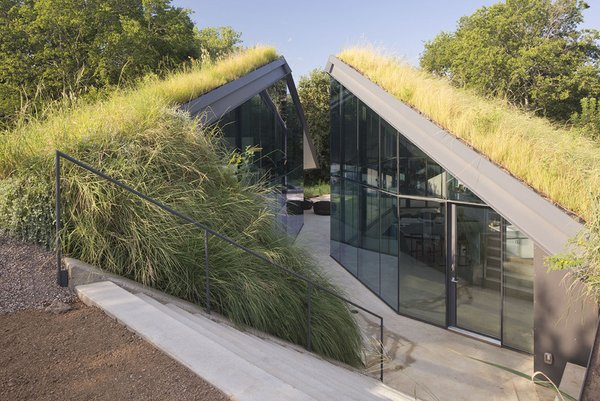 #EdgelandHouse #residence #modern #sunken #pithouse #exterior #outside #outdoors #dynamic #geometric #landscape #glass #windows #structure #BercyChenStudio Photo 3 of Edgeland House modern home
