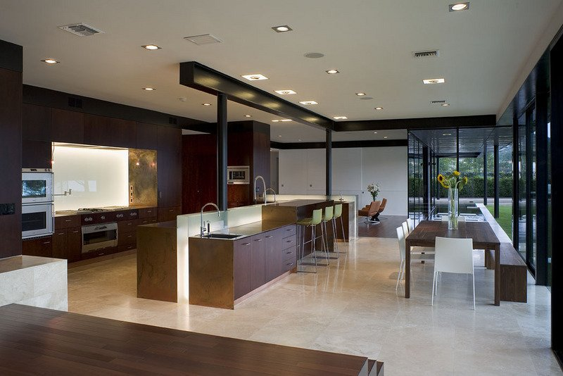 #PeninsulaResidence #lakeside #glass #steel #materials #modern #structure #kitchen #dining #island #barstools #table #windows #lighting #interior #inside #indoors #LakeAustin #BercyChenStudio