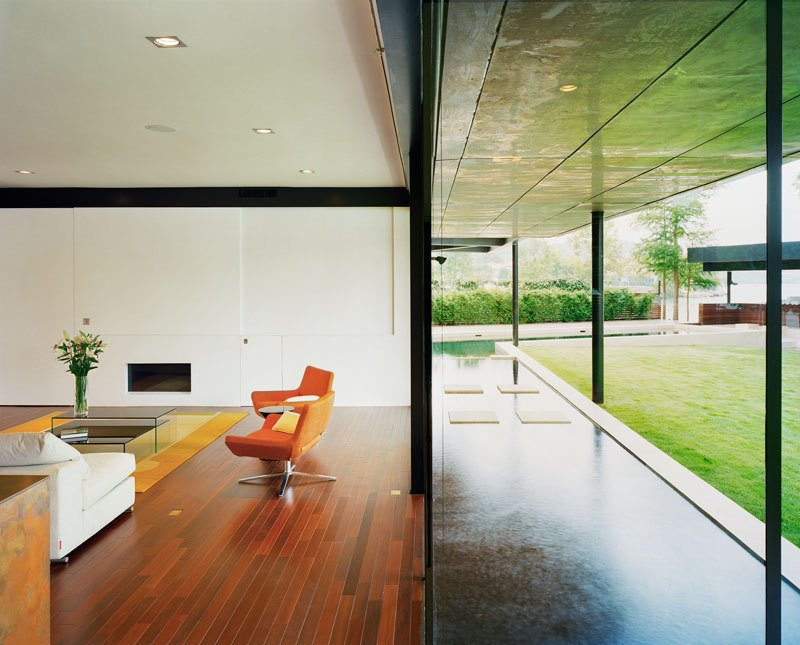 #PeninsulaResidence #lakeside #glass #steel #materials #modern #outdoor #landscape #seating #structure #interior #inside #indoors #LakeAustin #BercyChenStudio  The Peninsula Residence by Bercy Chen Studio