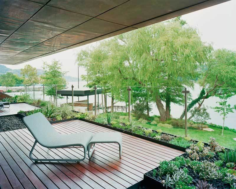 #PeninsulaResidence #lakeside #glass #steel #materials #modern #deck #seating #landscape #structure #exterior #outside #outdoors #LakeAustin #BercyChenStudio The Peninsula Residence by Bercy Chen Studio