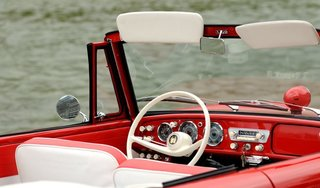 The Amphicar 770 Is A Car No One Understands, Everyone Loves - Photo 3 of 11 -