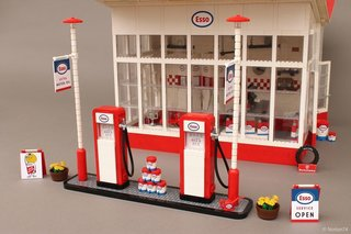 A Modernist Gas Station Made From Lego Is Fit For Any Shelf - Photo 4 of 6 -