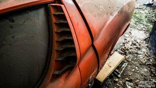 This Lamborghini Miura Is A Family Heirloom Barn Find - Photo 3 of 21 -