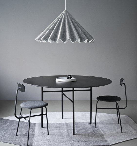 Snaregade Dining Table, Round