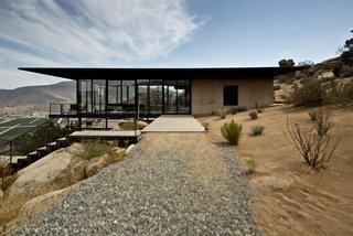 """20 Desert Homes - Photo 17 of 23 - #outdoor<span> <a href=""""/discover/exterior"""">#exterior</a></span><span> <a href=""""/discover/outside"""">#outside</a></span><span> <a href=""""/discover/landscape"""">#landscape</a></span><span> <a href=""""/discover/concrete"""">#concrete</a></span><span> <a href=""""/discover/desert"""">#desert</a></span><span> <a href=""""/discover/modern"""">#modern</a></span><span> <a href=""""/discover/glass"""">#glass</a></span><span> <a href=""""/discover/home"""">#home</a></span><span> <a href=""""/discover/stairs"""">#stairs</a></span><span> <a href=""""/discover/window"""">#window</a></span><span> <a href=""""/discover/Baja"""">#Baja</a></span><span> <a href=""""/discover/California"""">#California</a></span><span> <a href=""""/discover/GraciaStudio"""">#GraciaStudio</a></span>"""