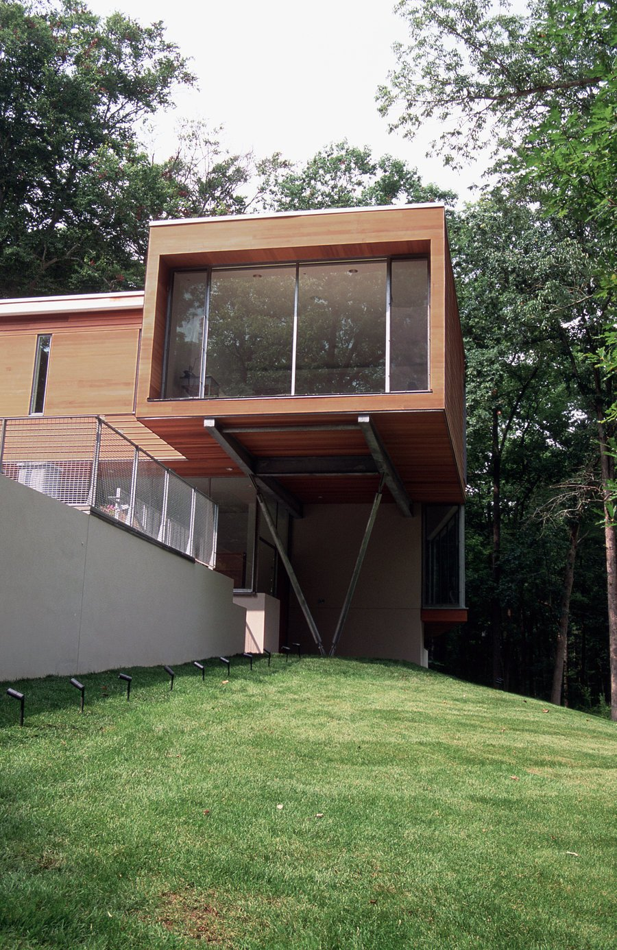 #outside #outdoor #exterior #landscape #modern #grass #trees #Princeton #NewJersey #GarrisonArchitects