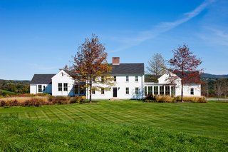 Modern Meets Traditional In Upstate New York 20 American Farmhouses