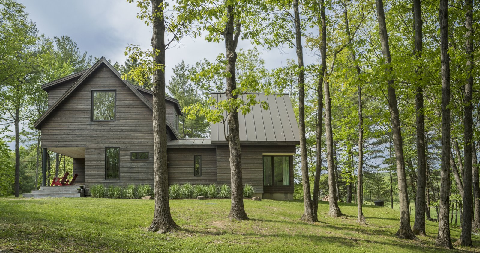 Architect Elizabeth Herrmann's Knoll House project, Best Transitional category winner of 2017 Marvin Architects Challenge.   Tagged: Outdoor and Side Yard.  Knoll House by Marvin Windows and Doors