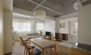 Serviced Apartments in Otsuka by Takashi Nishitani Architects - Photo 2 of 3 -