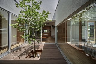 Foyer House by Toki Architect Design Office - Photo 3 of 3 -