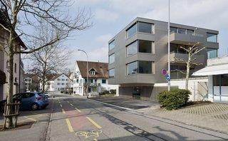 Mehrfamilienhaus in Männedorf by Hurst Song Architekten - Photo 1 of 4 -