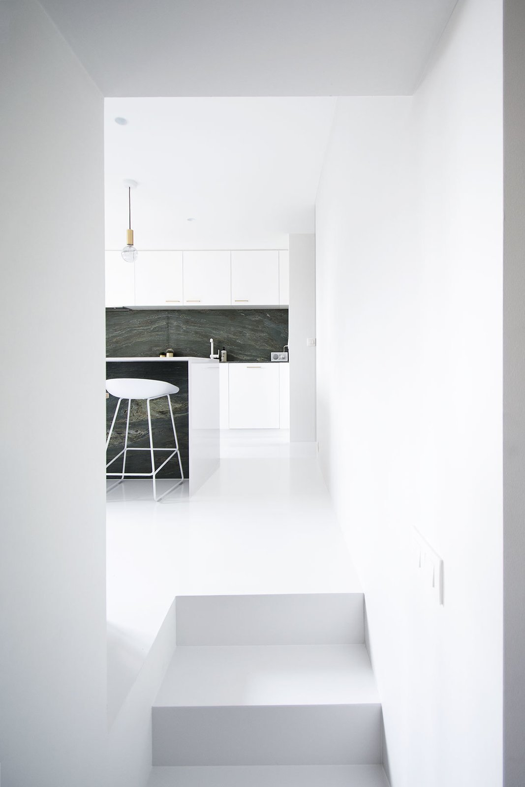 Photo 2 of 11 in 10 Minimalist and Monochromatic Homes in Belgium from Niels & Annemie by Benoît Deneufbourg and la fabrika studio