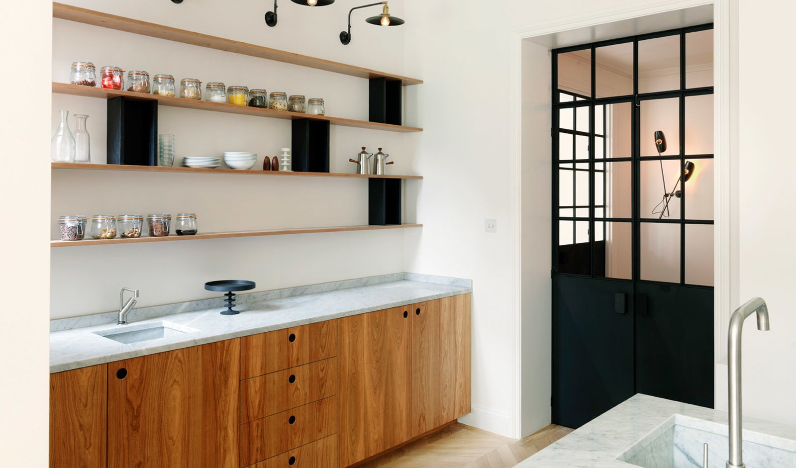 Photo 3 of 6 in West London House by Studio Maclean