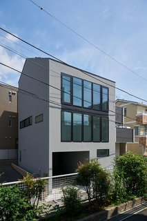House in Nakamaruko by PANDA - Photo 1 of 7 -