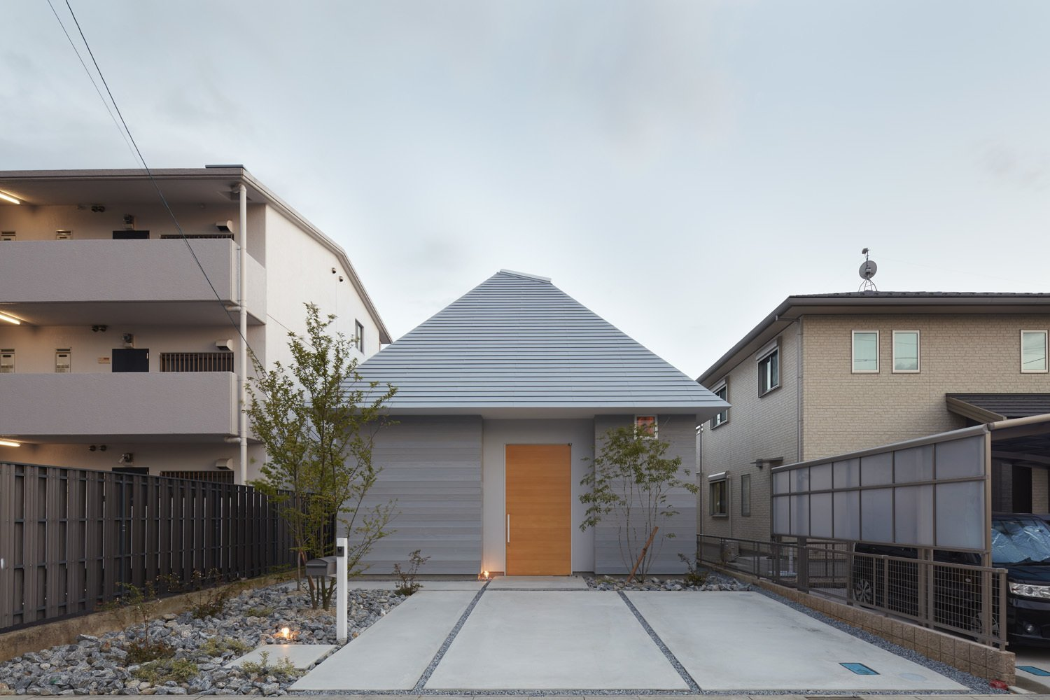 Photo 7 of 8 in House in Iwakura by Airhouse