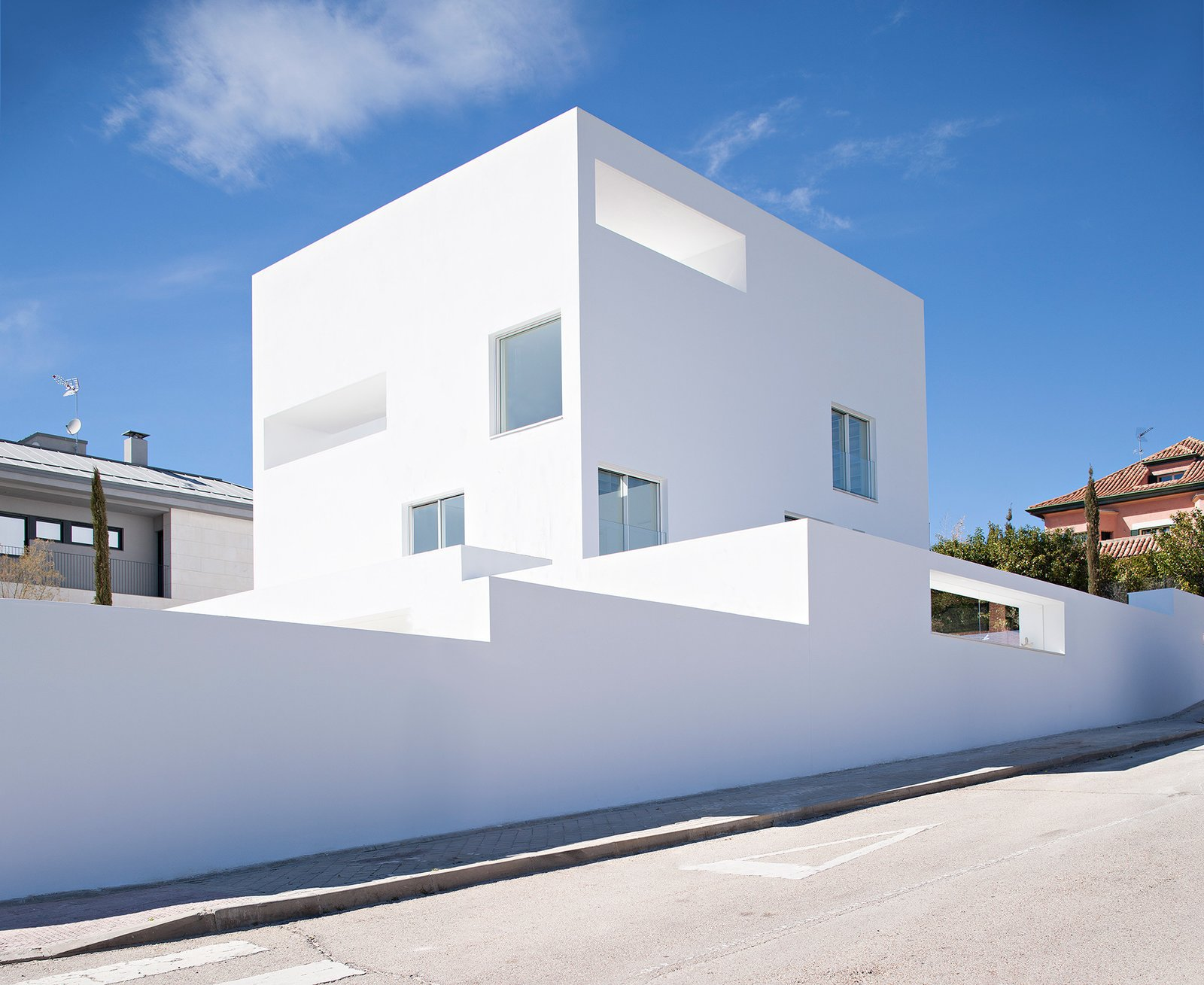 Photo 3 of 6 in Raumplan House by Alberto Campo Baeza