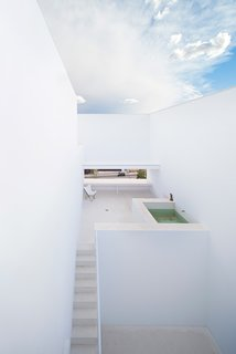 Raumplan House by Alberto Campo Baeza - Photo 4 of 5 -