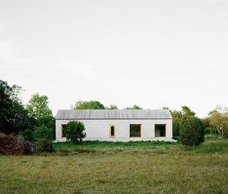 House on Gotland by Etat Arkitekter - Photo 1 of 5 -