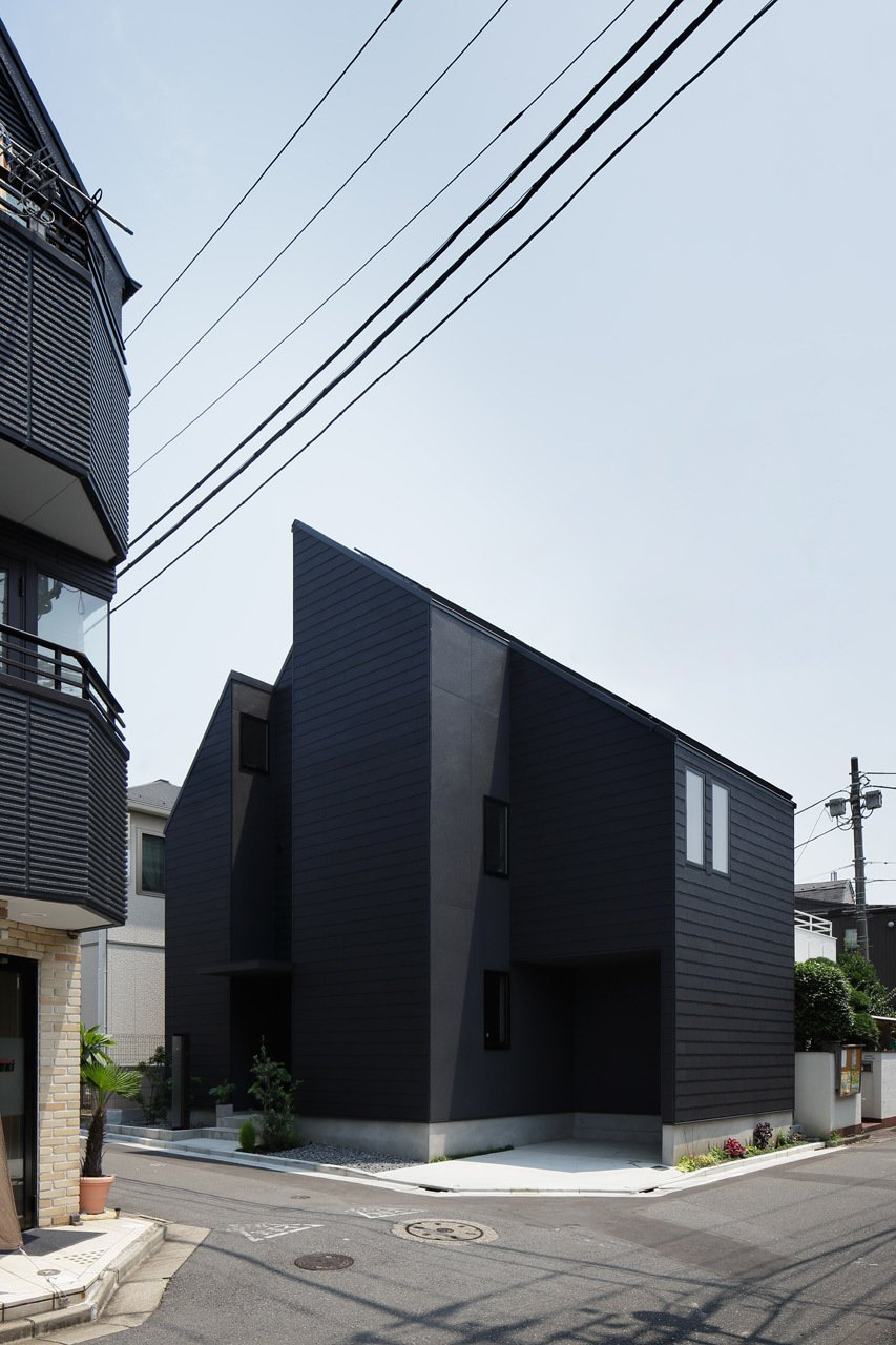 Tagged: Exterior and House.  Photo 4 of 10 in Follow Us to 10 Modern Homes in Tokyo from Shift House by Kino Architects
