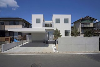 10 Bright White Cubist Homes Across the Globe - Photo 5 of 10 -