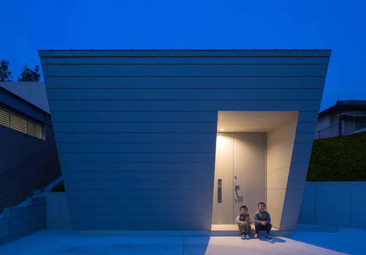 Photo 3 of 5 in 5-in-1 Room Dwelling by Matsuyama Architects and Associates