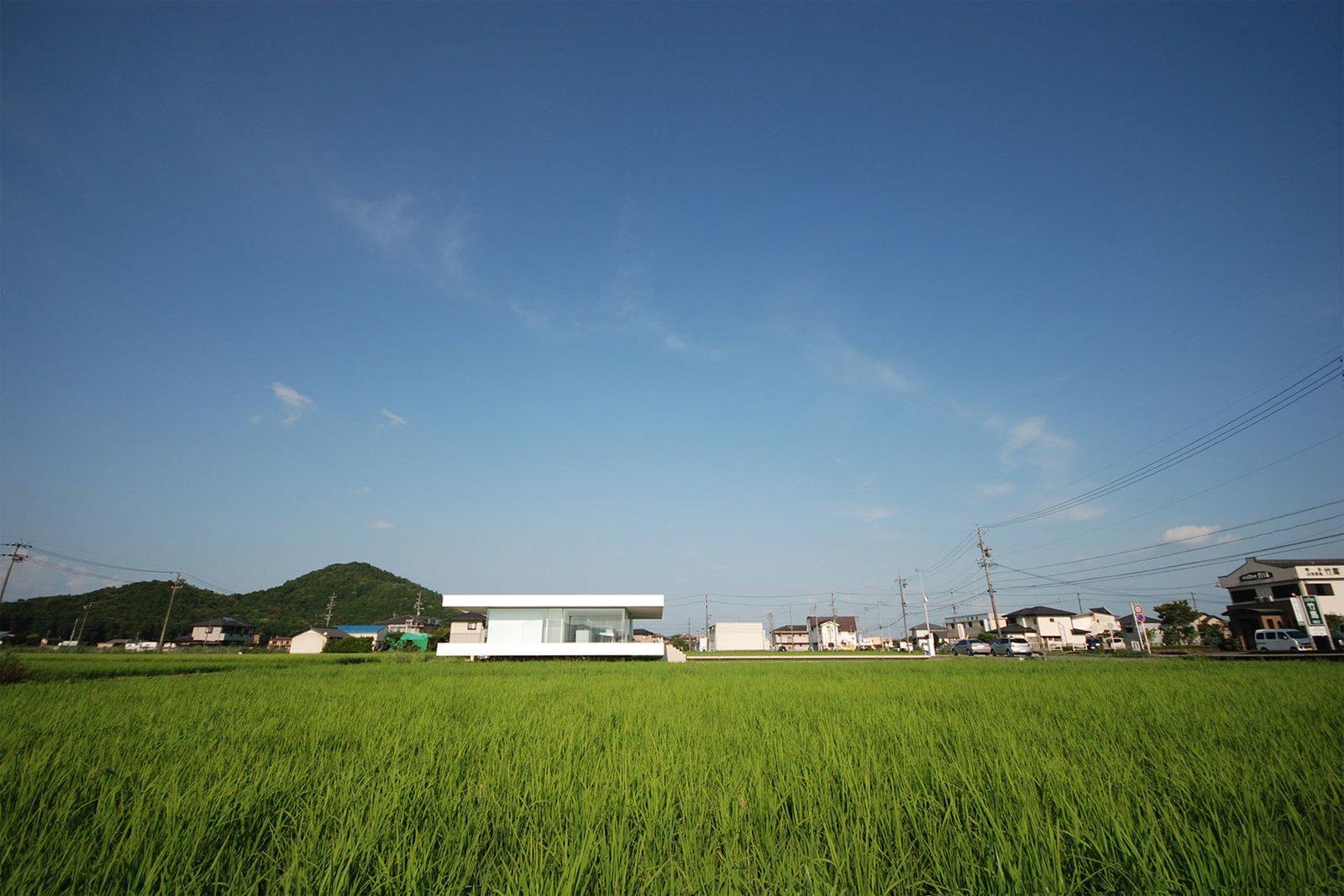 Photo 3 of 12 in F Residence by Shinichi Ogawa & Associates