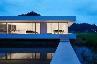 F Residence by Shinichi Ogawa & Associates - Photo 9 of 11 -