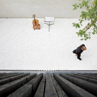V13K05 by Pasel Kuenzel Architects - Photo 1 of 8 -
