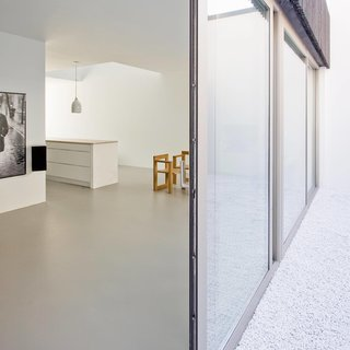 V13K05 by Pasel Kuenzel Architects - Photo 6 of 8 -