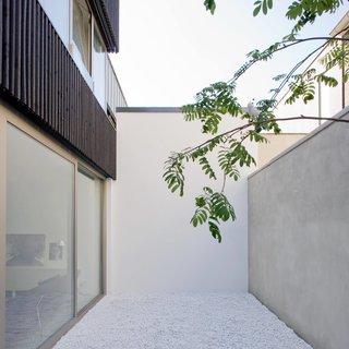 V13K05 by Pasel Kuenzel Architects - Photo 8 of 8 -