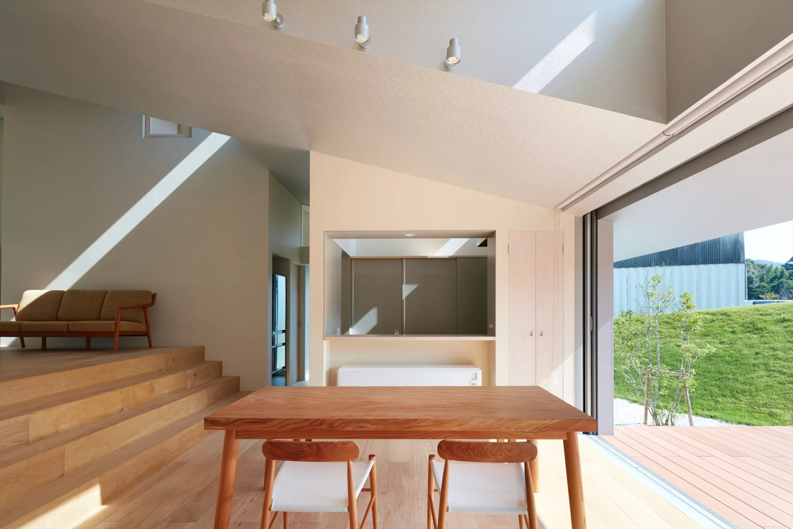 Photo 6 of 6 in House in Tokushima by Fujiwara-Muro Architects