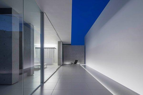Photo 3 of FU-House modern home