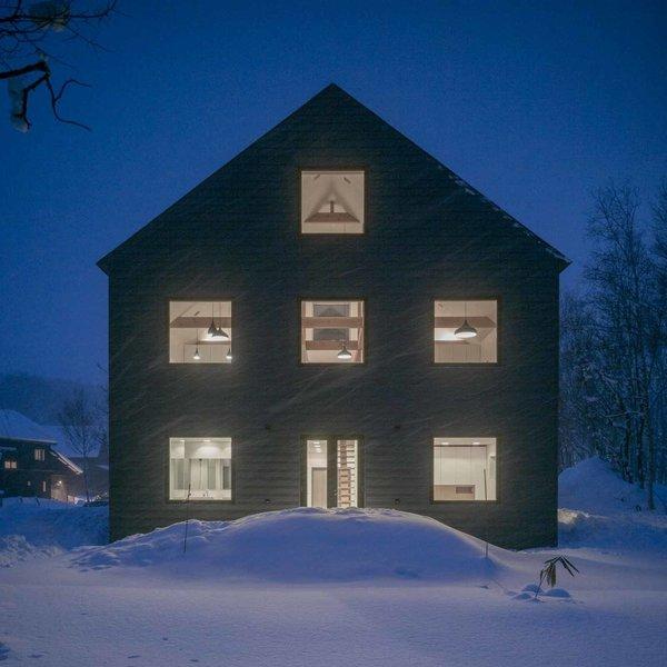 Photo 3 of K House in Niseko modern home