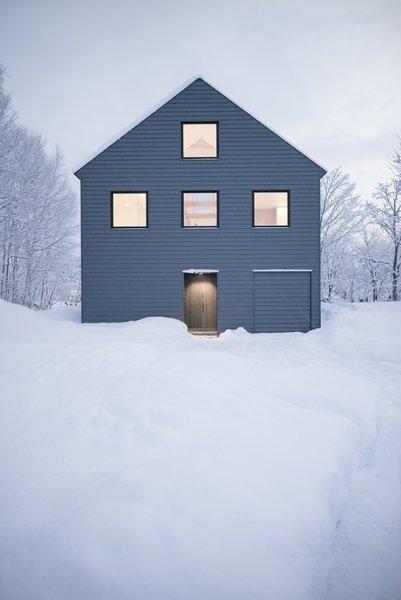 Photo 2 of K House in Niseko modern home