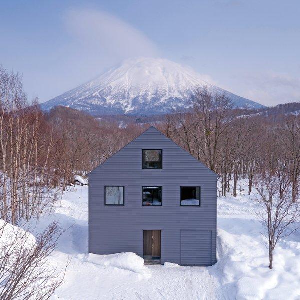 Photo  of K House in Niseko modern home