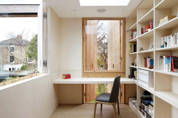 Photo 5 of De Beauvoir House modern home