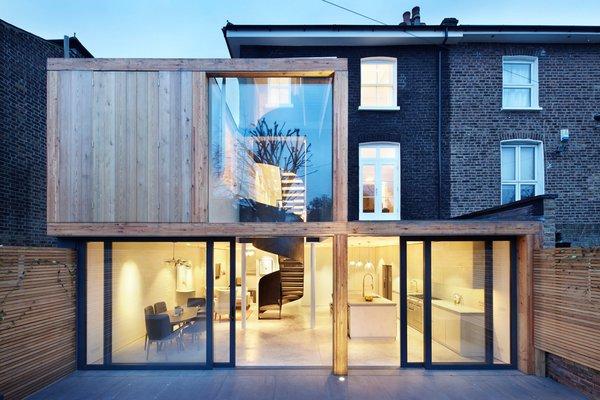 Photo 2 of De Beauvoir House modern home