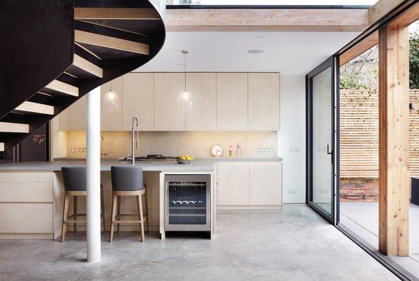 Photo 8 of De Beauvoir House modern home