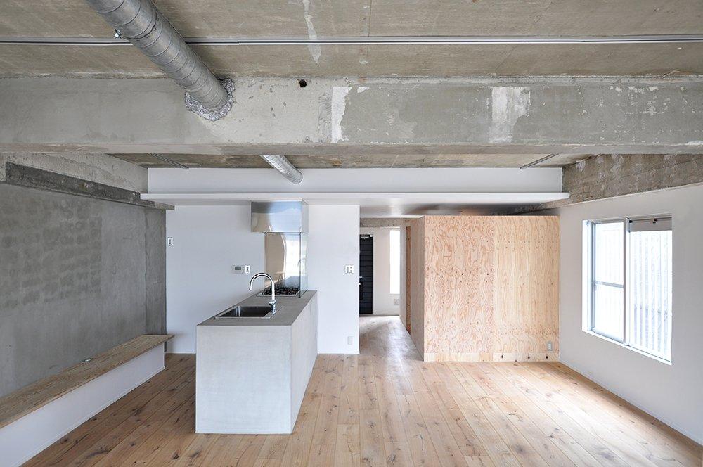 Photo 1 of 5 in House in Edobori by Yasunari Tsukada Design