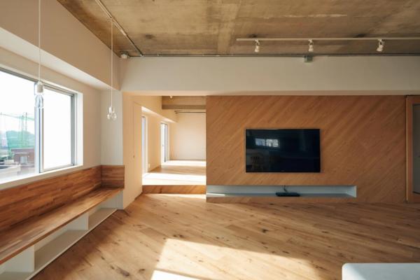 Photo 2 of Sunny B. modern home