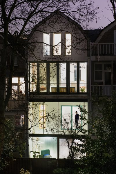 Photo 3 of Matryoskha House modern home