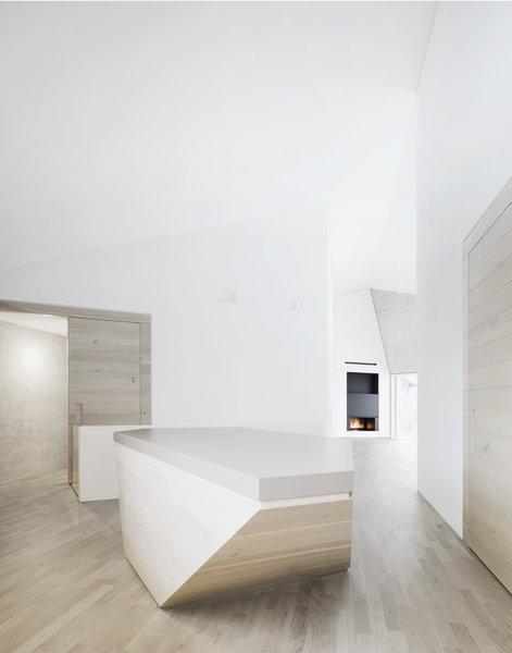 Photo 4 of E20 modern home