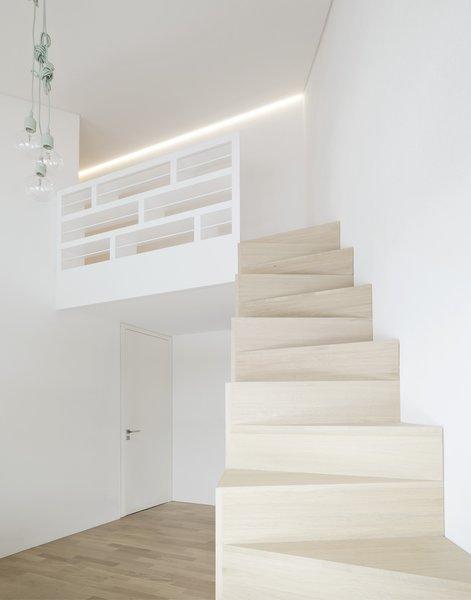 Photo 7 of E20 modern home