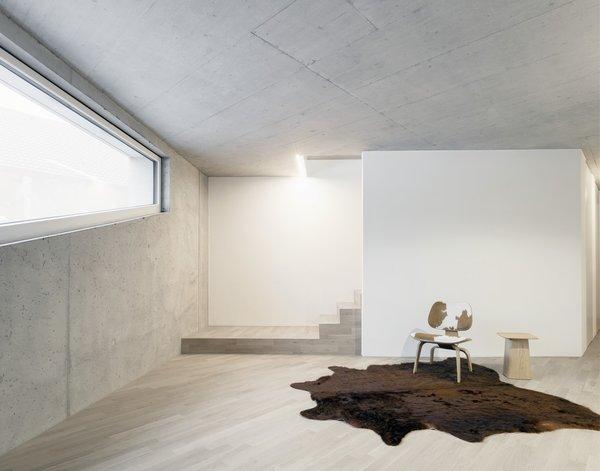 Photo 9 of E20 modern home