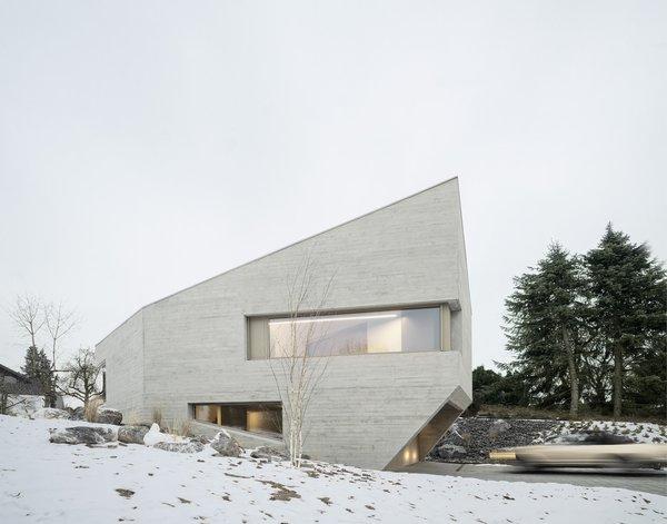Photo 15 of E20 modern home
