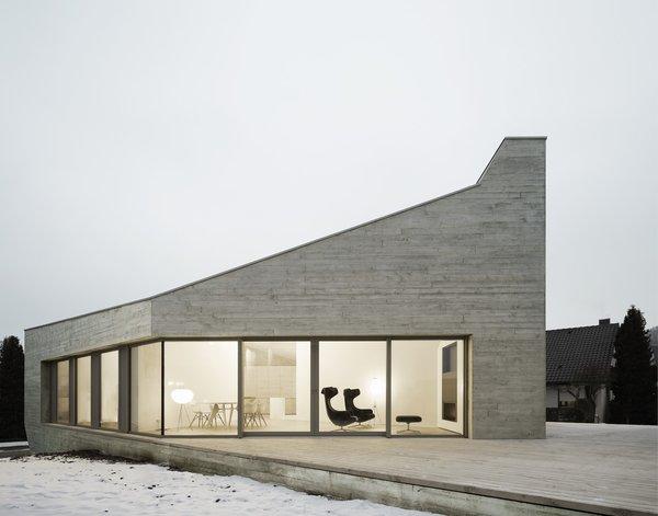 Photo 19 of E20 modern home