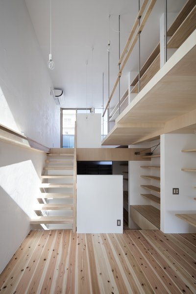 Split-level Photo 2 of House in Kitami modern home