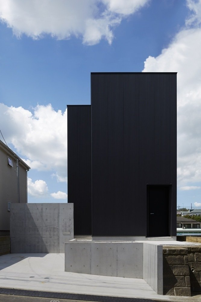 Front facade  Black Box House by Leibal