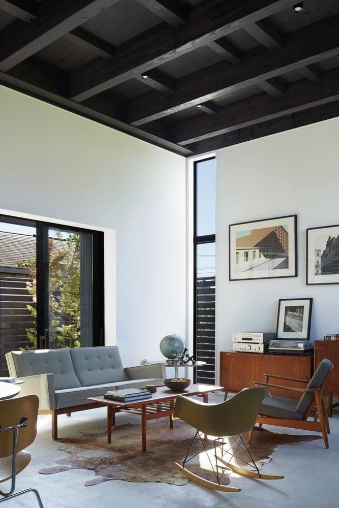 Living room  Black Box House by Leibal