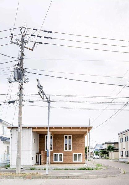 Photo 9 of R + R modern home